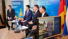 Dialog mit dem Gouverneur des Kaliningrader Gebietes 3_2000_1331